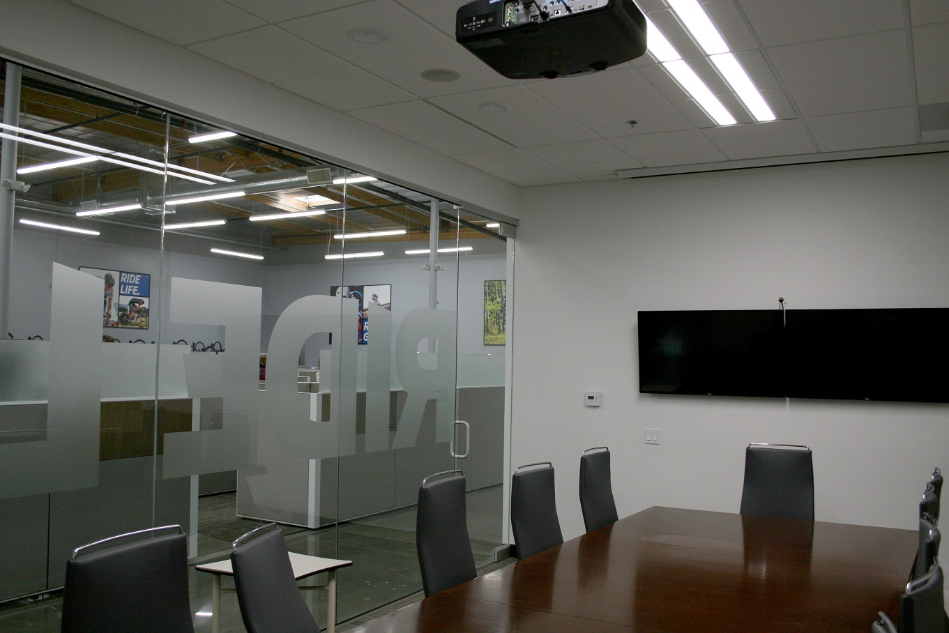 GIANT BICYCLES - OFFICE TENANT IMPROVEMENT
