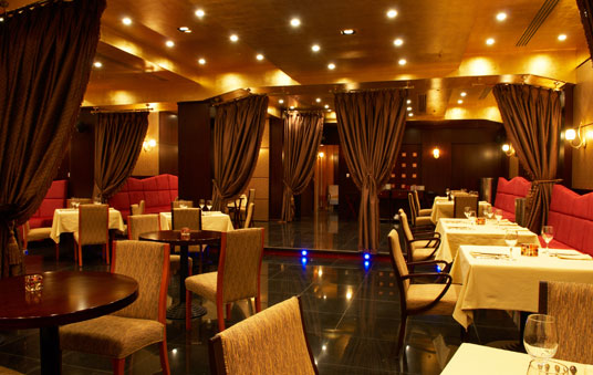 Restaurant Design - Why Restaurant Lighting & Layout Are Important